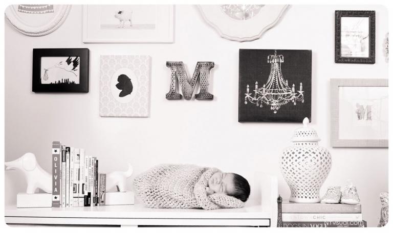 Creaive Newborn photography