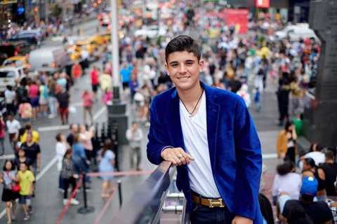 Times Square Senior Portraits